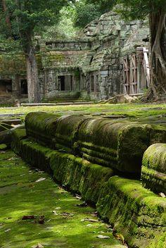 Cambodia, by Alessandra del Tufo, DSCF2937 | Flickr  via riotclitshave