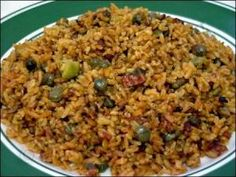 Puerto Rico Multi Cultural Cooking Network, Arroz Con Gandules Recipe Making The Rice For Puerto Rican Arroz Con Gandules, Arroz con Tocino. Puerto Rican Dishes, Puerto Rican Cuisine, Puerto Rican Recipes, Dominican Recipes, Dominican Food, Rice Recipes, Mexican Food Recipes, Great Recipes, Cooking Recipes