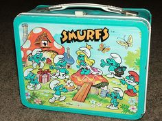 30 Vintage Lunch Boxes We Had: Smurfs Retro Lunch Boxes, Lunch Box Thermos, Cool Lunch Boxes, Metal Lunch Box, Diy Vintage, Vintage Tins, Vintage Metal, Vintage Games, Vintage Stuff