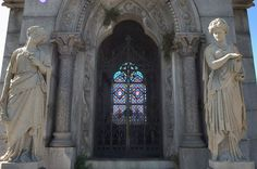 Metairie Cemetery. This place was so beautiful.