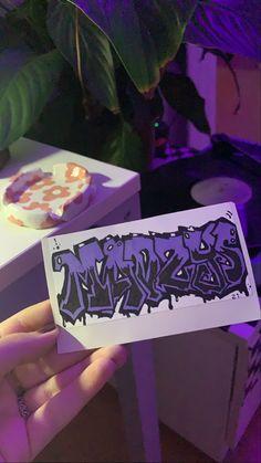 Graffiti Text, Graffiti Doodles, Graffiti Lettering Fonts, Graffiti Writing, Urban Graffiti, Graffiti Tagging, Graffiti Designs, Graffiti Alphabet, Street Art Graffiti