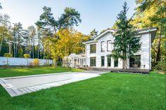 Projekt domu prefabrykowanego w podwarszawskim Konstancinie Home Fashion, Mansions, House Styles, Home Decor, Decoration Home, Room Decor, Villas, Interior Design, Home Interiors