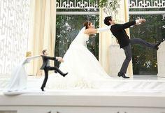 ケーキトッパーと一緒のポーズで撮る結婚式前撮りまとめ | marry[マリー]