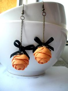 polymer handmade earrings. Could make this lovelies in many many colors, including blends.