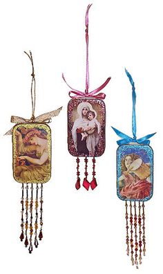 Beaded ornaments from Altoids Tins. More creative goodness from Lisa Volrath