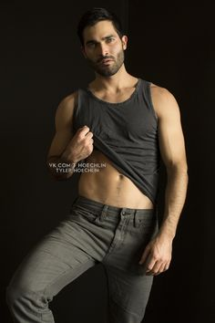 Hot Celbrities In the Buff — scruffysterek: Tyler Hoechlin photographed by. Teen Wolf Derek Hale, Teen Wolf Boys, Handsome Men Quotes, Handsome Arab Men, Beautiful Women Quotes, Beautiful Men, Meninos Teen Wolf, Strong Woman Tattoos, Men Quotes Funny