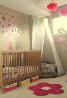 toddler girls room- i like the corner cushion with netting- im gonna do this for her room!!!!!