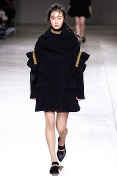 Simone Rocha Fall 2014 Ready-to-Wear Collection Slideshow on Style.com