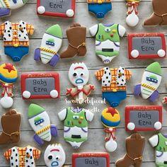 Toy Story Baby, Toy Story Theme, Festa Toy Story, 2nd Birthday Party Themes, Second Birthday Ideas, Toy Story Birthday, Toy Story Cupcakes, Toy Story Cookies, Boy Baby Shower Themes