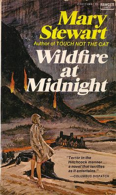 Wildfire at Midnight by Mary Stewart. It was pretty good, but I read that Mary Stewart likes this book the least of everything she wrote. I Love Books, Good Books, Books To Read, My Books, Sunderland, Mary Stewart, Gothic Books, Vintage Book Covers, Vintage Books