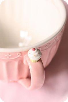 deliziosa tazzina con cupcake per Leisa Rayven