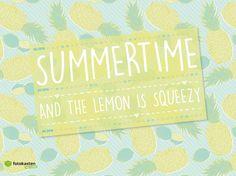 sommerlicher Bildschirmhintergrund mit Kalender zum kostenlosen Download. Wallpaper for free