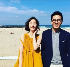 Lee Yoo-young Shocked at the News of Kim Joo-hyuk's Death Kim Joo Hyuk, Beautiful Couple, Up Styles, Style Me, Man Style, Gentleman, Lily, Short Sleeve Dresses, Kpop