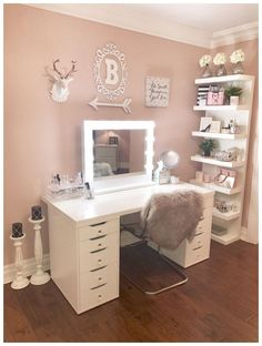 51 Awesome Ways Real People Store Their Makeup #roomideas #makeuproom #makeuptable ~ vidur.net