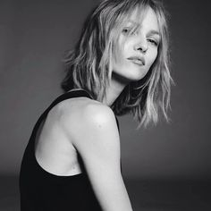 Vanessa Paradis - Page 231 Vanessa Paradis, Audrey Tautou, How To Pose, Models, Celebs, Celebrities, Celebrity Pictures, Style Icons, Hair Inspiration