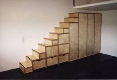Treppenschrank in Multiplex Ahorn, Rollkästen (a-10-005)