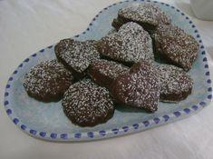 Semplici biscottini dietetici senza uova ne burro al profumo di arancia.