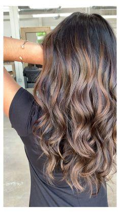 Hair Lights, Light Hair, Light Curls, Soft Curls, Medium Hair Styles, Curly Hair Styles, Hair Medium, Brown Hair Colors, Hair Highlights