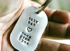 Dads Key Chain Personalized Man Mens Dog Tag Hand Stamped Brushed Aluminum Key Ring Keychain Kids Names Great Gift For Dads