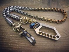 Key Carabiner, Edc Keychain, Things To Buy, Stuff To Buy, Mens Gear, Wallet Chain, Everyday Carry, Cool Items, Solid Brass
