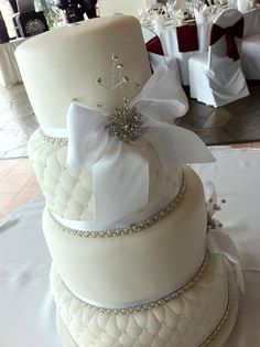 Classy Snow White Wedding Cake from Sweet Discoveries