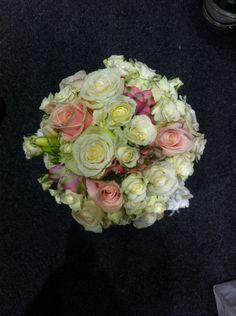 Brudebuketten jeg lagde på en messe på CCVEST.  #FinnSchjøll #Messe #Brudebukett