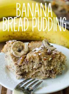 Banana Bread Pudding: A simple bread pudding made with Greek yogurt and egg custard soaked bread sweetened with brown sugar and naturally sweet bananas. Chocolate Chip Pie, Mint Chocolate Chips, Bananas Foster Bread Pudding Recipe, All You Need Is, Delicious Desserts, Dessert Recipes, Easy Bread, Pudding Recipes, Greek Yogurt