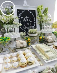 Beautiful white first communion party! See more party planning ideas at… Communion Centerpieces, First Communion Decorations, Shower Centerpieces, Centerpiece Ideas, Baptism Party, Boy Baptism, Christening, Baptism Ideas, Stage Patisserie