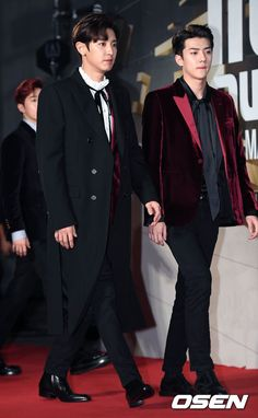 Channie and Sehunie arriving at MAMA 2016 red carpet 161202 <3
