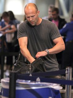 Jason Statham Photos - Actor Jason Statham arriving for a flight at LAX airport in Los Angeles, CA. - Jason Statham Arriving For A Flight At LAX Jason Statham Family, Jason Statham And Rosie, Bald With Beard, Bald Man, Jason Stathom, Rosie And Jason, Michael Chiklis, Bald Men Style, Sylvester Stallone