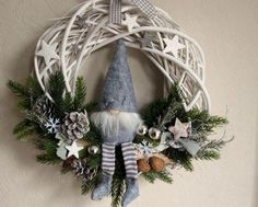 door-wreath-wichtel-mit-filzmutze-christmas-wreath-from-kranzundco-on-dawanda-c-d/ - The world's most private search engine Diy Christmas Gifts, Rustic Christmas, Winter Christmas, Holiday Crafts, Christmas Ornaments, Xmas Wreaths, Scandinavian Christmas, Diy Wreath, Xmas Decorations