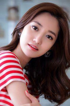 Go Joon-hee Photo Medium Hair Styles, Long Hair Styles, Hair Color And Cut, Hair Colour, Brown Eyed Girls, Asian Hair, Good Hair Day, About Hair, Korean Beauty