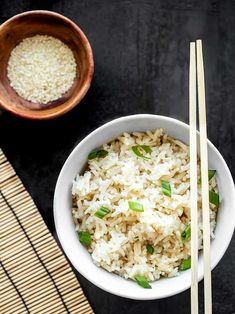 Adding just a few ingredients to your rice can really make your meal pop. Try this Simple Sesame Rice with any of your Southeast Asian inspired meals. Rice Recipes, Asian Recipes, Vegetarian Recipes, Cooking Recipes, Ethnic Recipes, Easy Sesame Chicken, Sweet Chili Chicken, Pasta, Side Dishes Easy