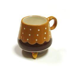upside down cupcake mug