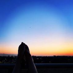 想去远方艾特 你 Celestial, Sunset, Outdoor, Outdoors, Sunsets, Outdoor Games, The Great Outdoors, The Sunset