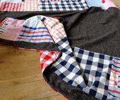 Troostdeken, gemaakt van kledingstukken van een overleden dierbare...
