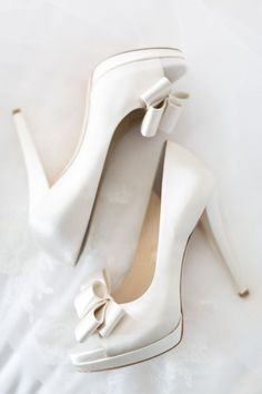 Wedding Shoes Inspiration - Photo: Koman Photography