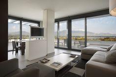 Indoor: Suite