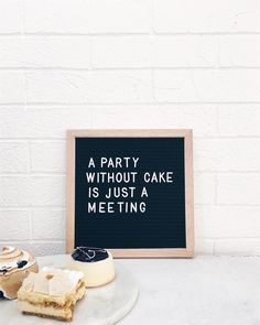 Moodboard: choose an original quote in a retro way with a letterboard - Word Board, Quote Board, Message Board, Memo Boards, Best Quotes, Funny Quotes, Funny Humor, Quote Meme, Humor Humour