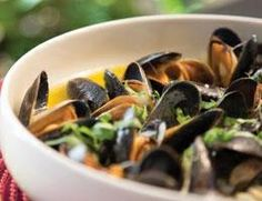 Carrabba's Mussels in White Wine Sauce - This is a wonderful appetizer from Carrabbas. This could easily make a mail dish or an appetizer. Consider pouring this over cooked pasta for a hearty dinner. Grilling Recipes, Fish Recipes, Seafood Recipes, Copycat Recipes, Keto Recipes, Fish Dishes, Seafood Dishes, Main Dishes, Italian Appetizers