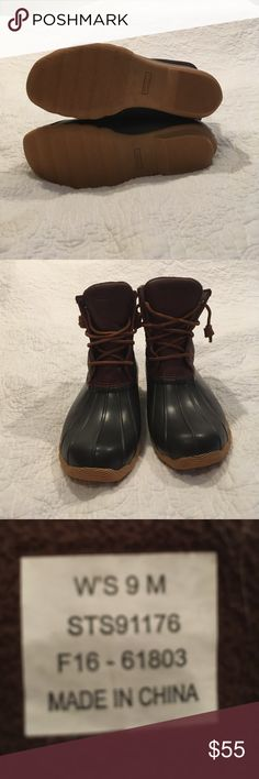 Sperry Duck Boots Near new used 3 times, oiled leather uppers, clean no dirt, waterproof. Sperry Shoes Winter & Rain Boots