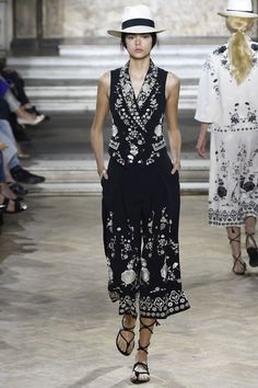 awesome Temperley London Spring 2016 Ready-to-Wear Fashion Show by http://www.globalfashionista.xyz/london-fashion-weeks/temperley-london-spring-2016-ready-to-wear-fashion-show/