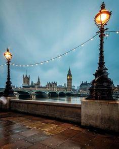 """398 Likes, 8 Comments - Cristina Feijó (@miscellaneous_collection) on Instagram: """"Londres linda... Como inspiração para desejar uma ótima noite pra vocês... Até amanhã!"""""""