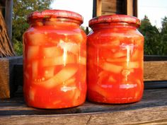 Canned stewed tomatoes and peppers without preservatives Canned Stewed Tomatoes, Detoxify Your Body, Tasty, Yummy Food, Hungarian Recipes, Canning Recipes, Preserves, Family Meals, Healthy Lifestyle