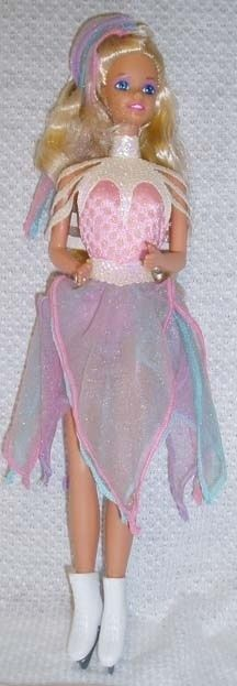 Ice Capades Barbie | 55 Toys And Games That Will Make '90s Girls Super Nostalgic. Oh my gosh, I totally forgot about this until now. My cousin and I each had one.