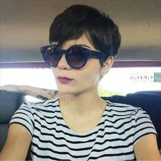 "4,143 Likes, 104 Comments - ShortHair | CabeloCurto (@meucabelocurto) on Instagram: ""Olha só que linda a Tereza Klavdianos, de Gama, Distrito Federal. Ela conta sua história pra gente:…"""