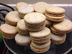 Cookies & cream macarons! These are so amazing!!!