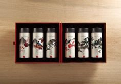 Designed by Victor Branding Lab , Taiwan .   細品香茗, 台灣山頭凝聚的高冷茗茶滋味 - Taiwan High Mountain Tea   In this series of six carefully selected Tai...