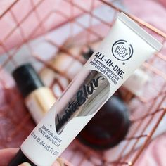 Four Seriously Underrated Beauty Products From The Body Shop - This little baby is amazing 😊 you can either use it before your makeup or on its own and it smoo - The Body Shop, Body Shop At Home, Beauty Makeup Tips, Beauty Secrets, Diy Beauty, Beauty Products, Best Body Shop Products, Makeup Products, Bliss Beauty