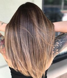 "Amy McManus (@camouflageandbalayage) on Instagram: ""Wind.. here let me just move that for you to show off that seamless blend. Me.. """